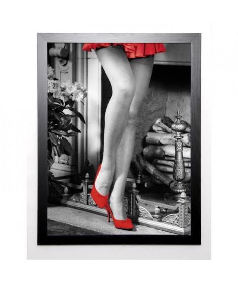 MARKS Image encadrée Woman by the Fireplace 67x87 cm Rouge